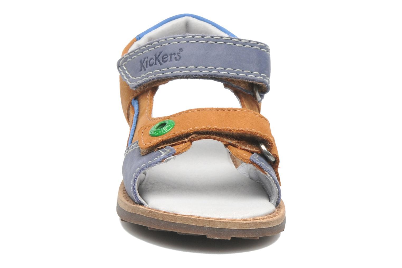 Sandalen Kickers YUKI braun schuhe getragen