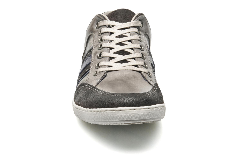 Sneaker Marvin&Co Wilfy grau schuhe getragen