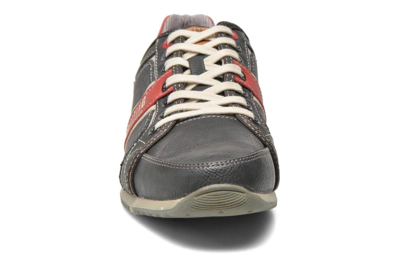 Sneaker Mustang shoes Maoam grau schuhe getragen