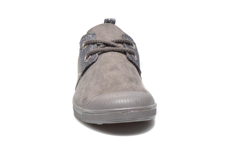 Sneakers Le temps des cerises Basic 02 Fancy Grijs model