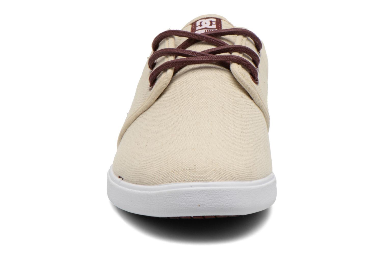Baskets DC Shoes Haven Tx Se Beige vue portées chaussures