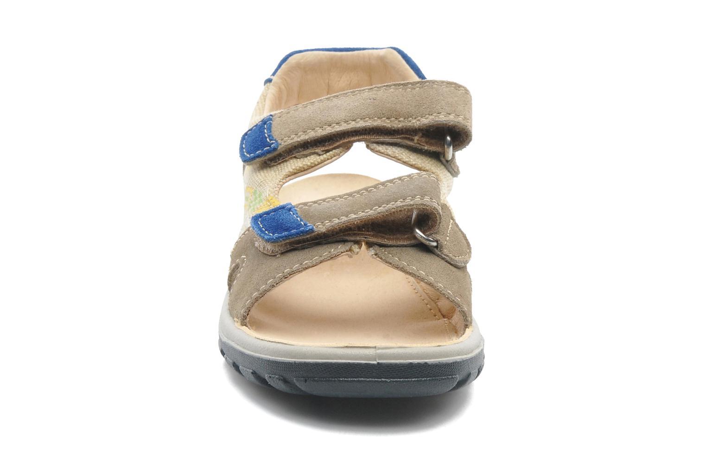 Sandalen Naturino Pippo 5719 beige schuhe getragen