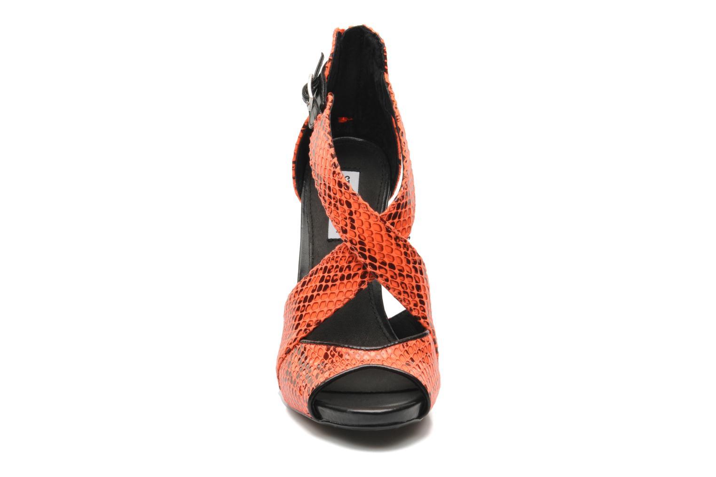 Sandales et nu-pieds Steve Madden BANOCKA Orange vue portées chaussures