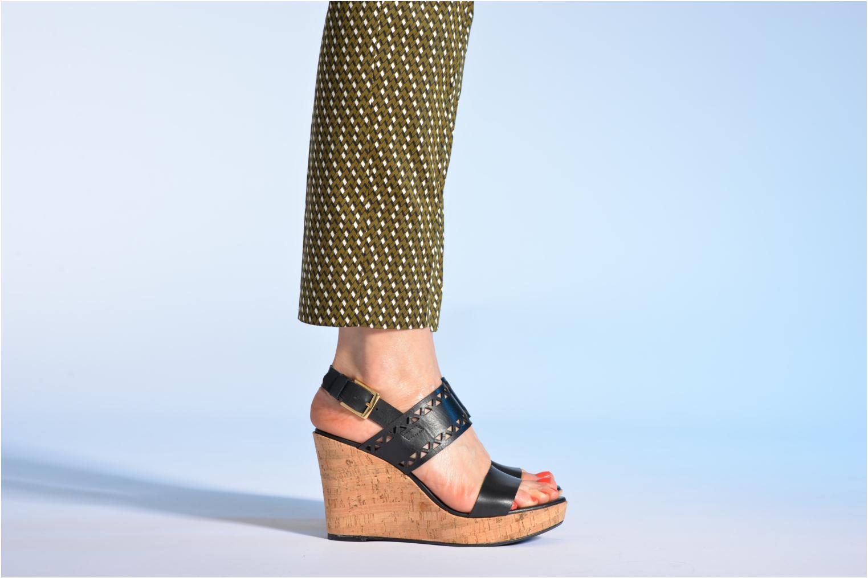 Sandales et nu-pieds Made by SARENZA Bamako #6 Noir vue bas / vue portée sac