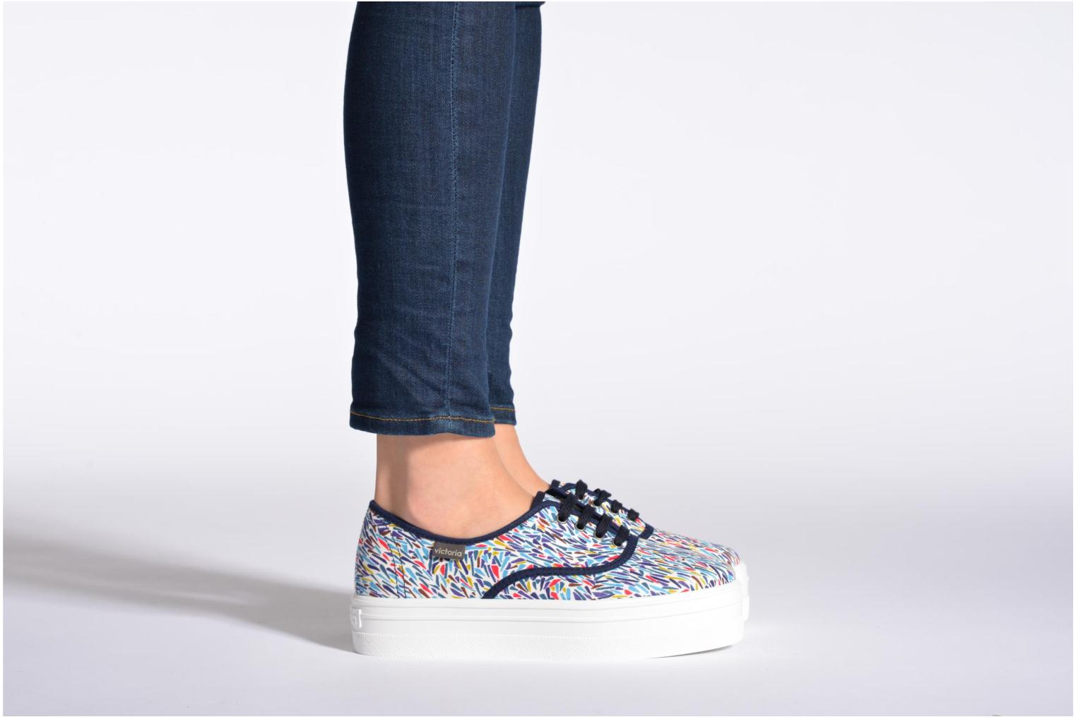 Trainers Victoria Inglesa Liberty Plataforma Multicolor view from underneath / model view