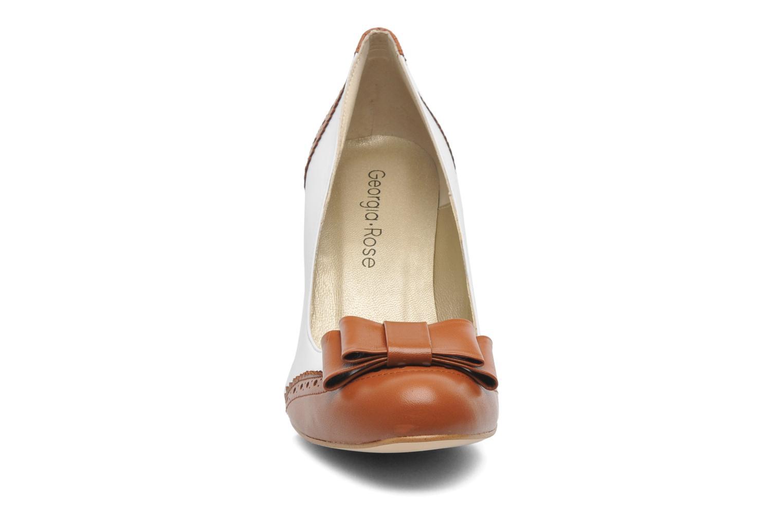 Escarpins Georgia Rose Poppie Marron vue portées chaussures