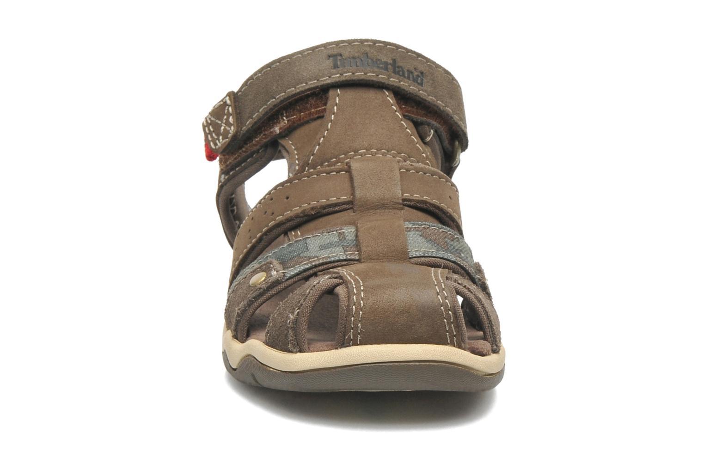 Sandales et nu-pieds Timberland PRKHPPREKL/FFSHMNGRG Marron vue portées chaussures