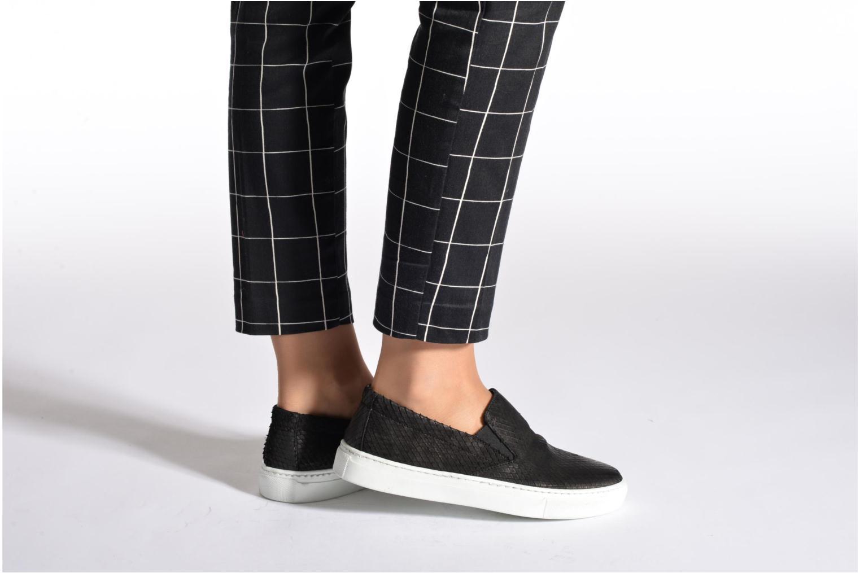 Sneaker Georgia Rose Periette schwarz ansicht von unten / tasche getragen
