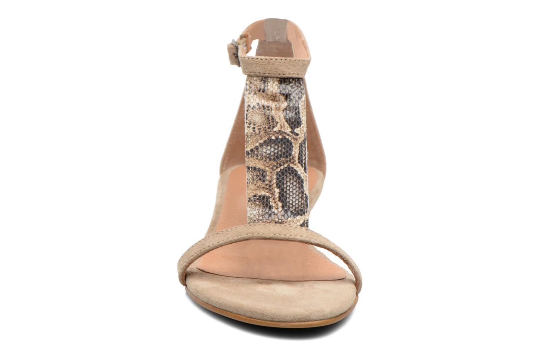 Sandales et nu-pieds Georgia Rose Lulab Beige vue portées chaussures