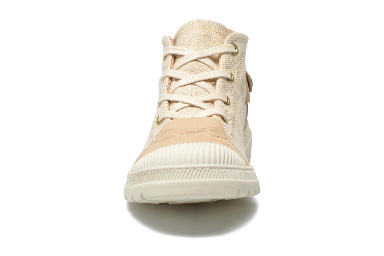 Baskets Pataugas Aix F Beige vue portées chaussures