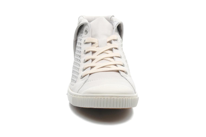 Sneaker Pataugas Bambi F weiß schuhe getragen