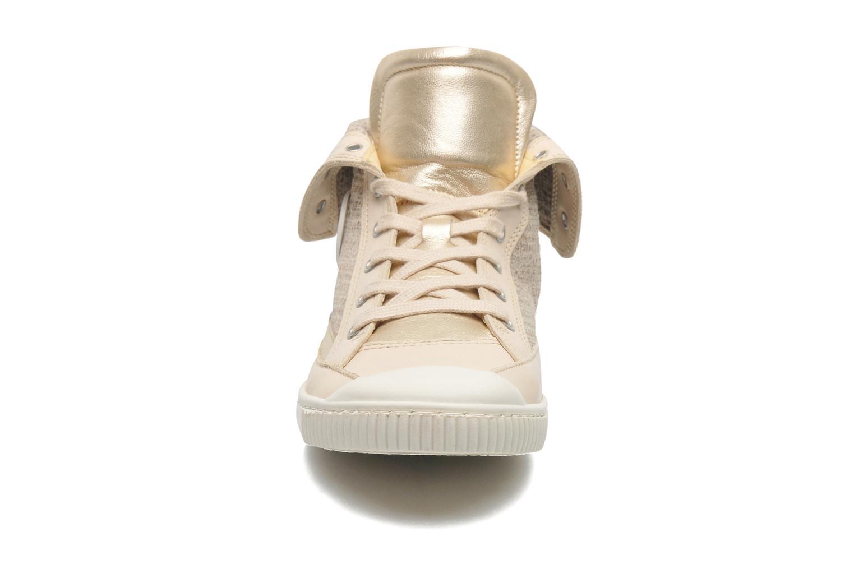 Baskets Pataugas Bandit F Or et bronze vue portées chaussures