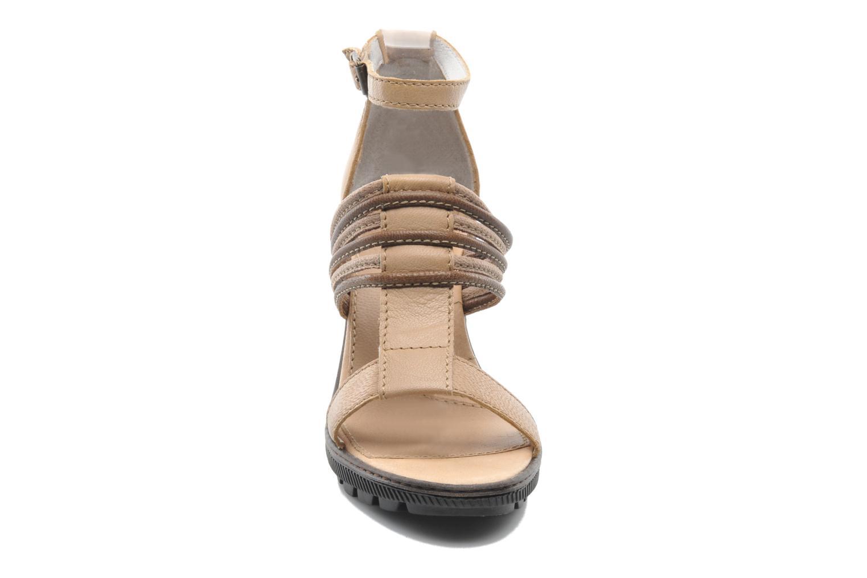 Sandales et nu-pieds Pataugas Faty/MC Beige vue portées chaussures