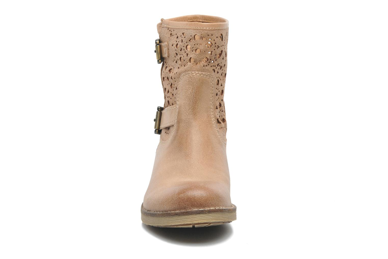 Ankle boots Geox D New Virna B Beige model view