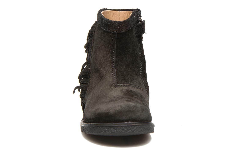 Hike Boots Fringe Black Bronze
