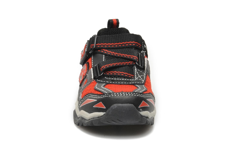 Baskets Skechers Pillar 2.0 / Hawk Rouge vue portées chaussures