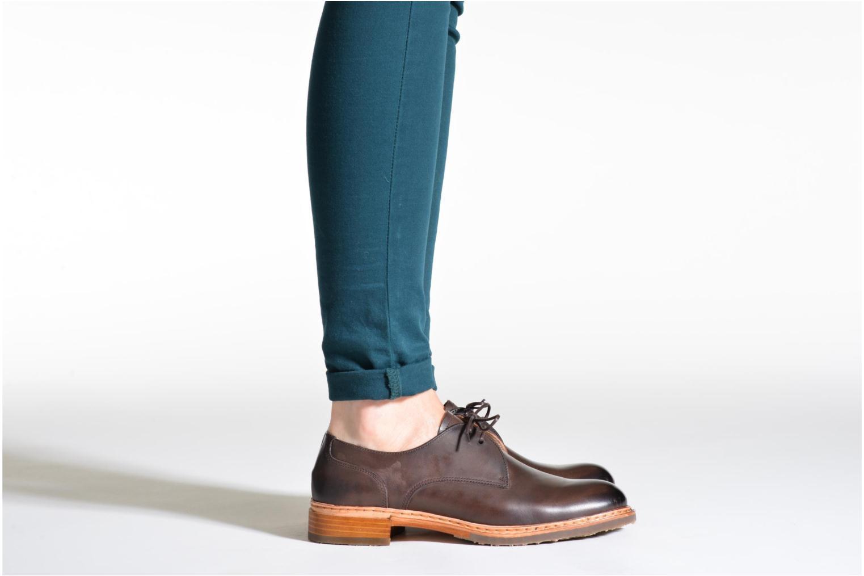 Chaussures à lacets Neosens Hondarribi S898 Violet vue bas / vue portée sac