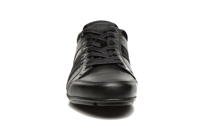 Sneaker Levi's Firebaugh schwarz schuhe getragen