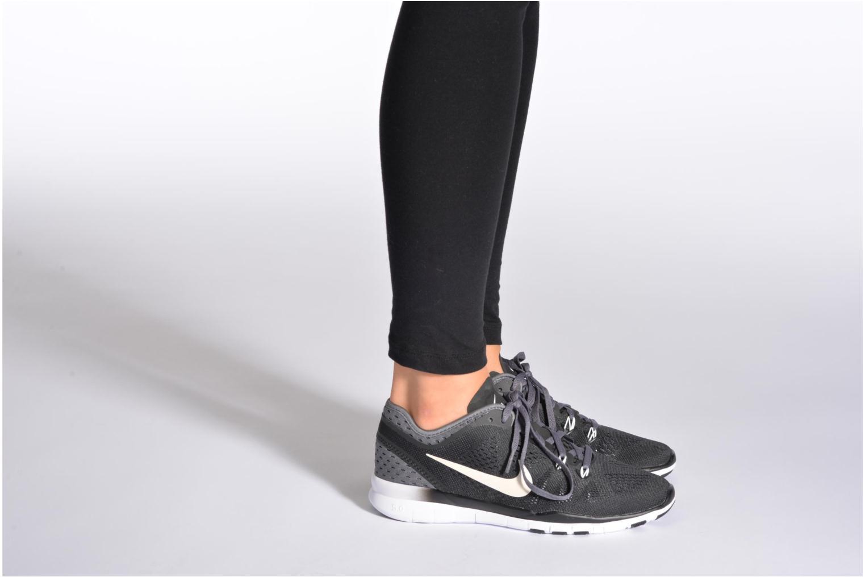 Chaussures de sport Nike W Nike Free 5.0 Tr Fit 5 Brthe Violet vue bas / vue portée sac