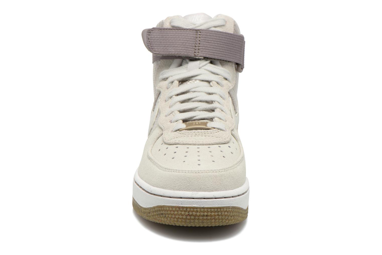 Sneakers Nike Wmns Air Force 1 Hi Prm Beige se skoene på