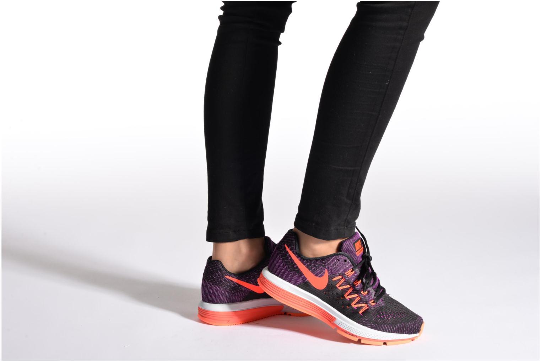 Sportschuhe Nike Wmns Nike Air Zoom Vomero 10 blau ansicht von unten / tasche getragen