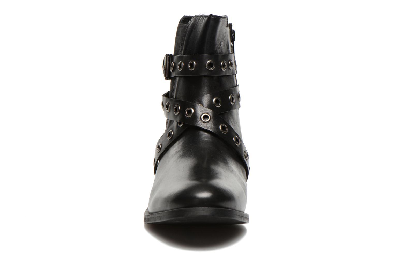 Bottines et boots Esprit Cara Bootie 032 Noir vue portées chaussures