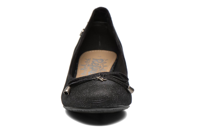 Ballerines Refresh Ocea-61160 Noir vue portées chaussures
