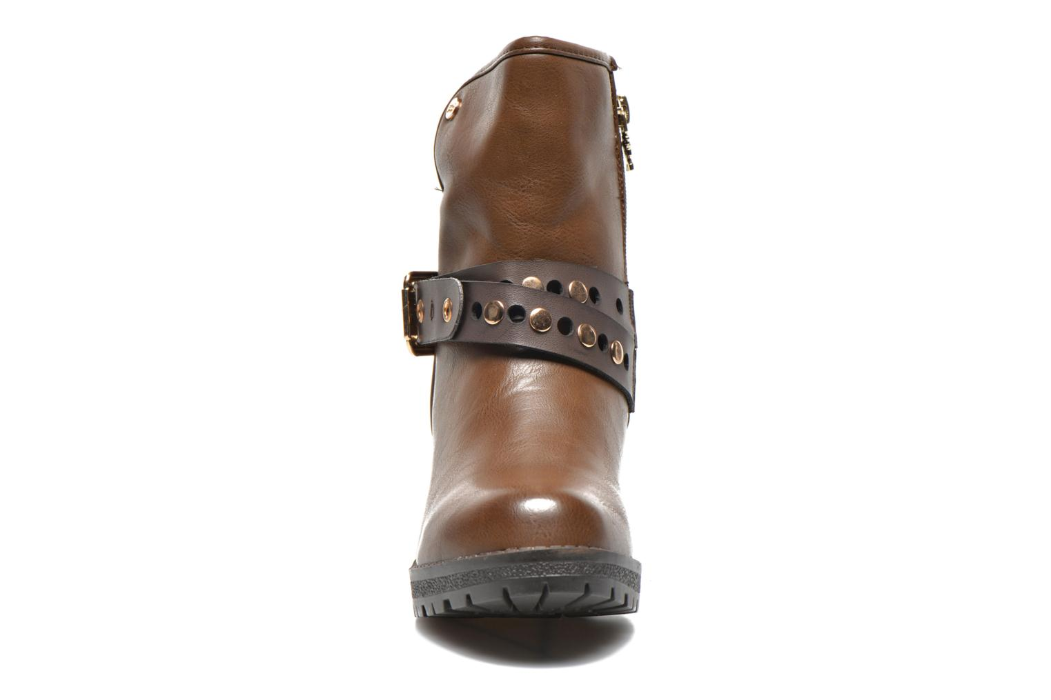 Ankle boots Xti Alissa-28543 Brown model view