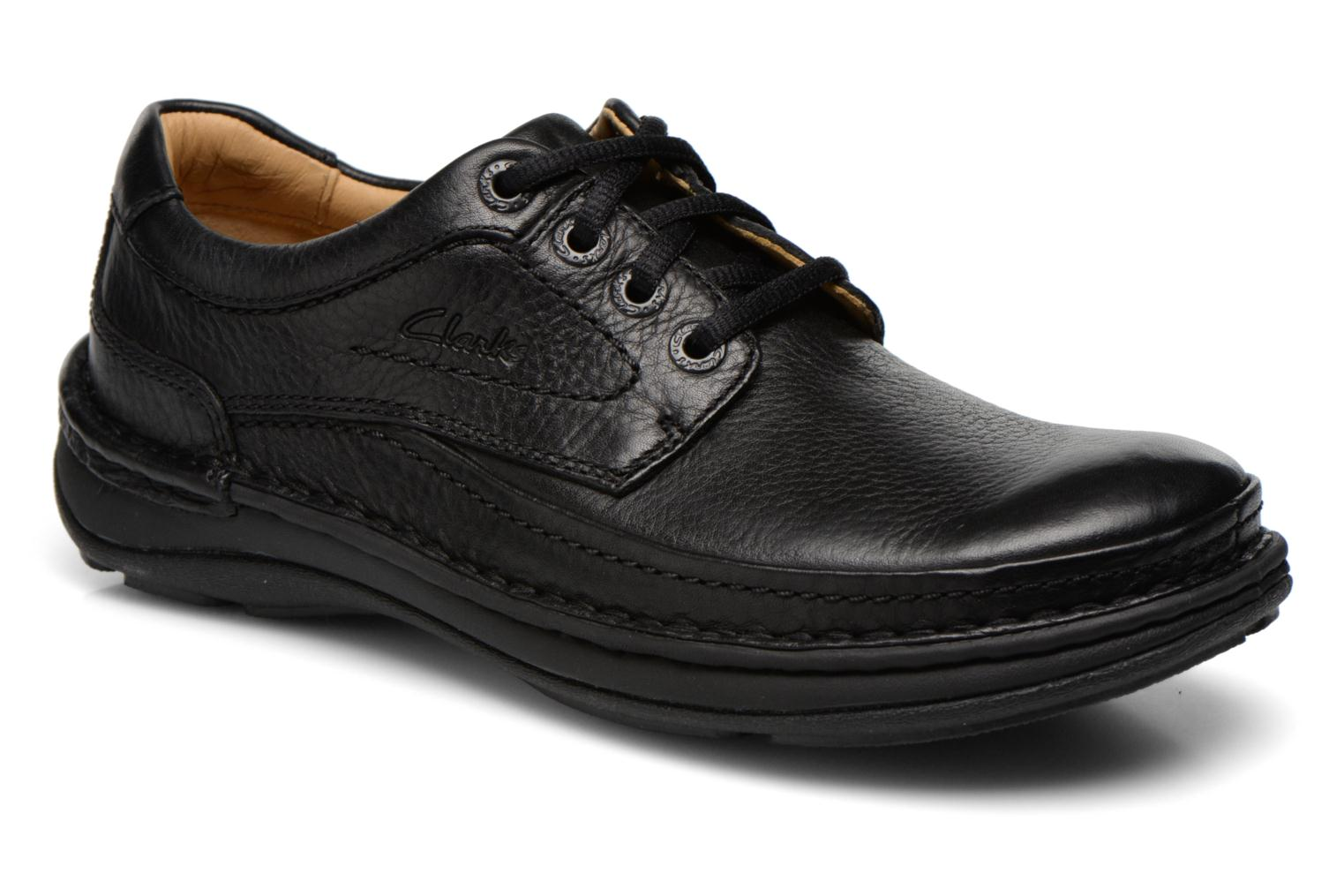 Lace-up shoes Clarks Nature Three Black detailed view/ Pair view
