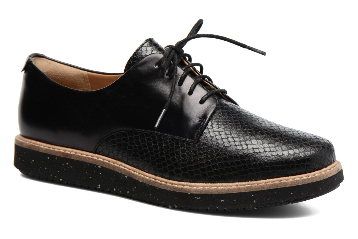 Lace-up shoes Clarks Glick Darby Black detailed view/ Pair view