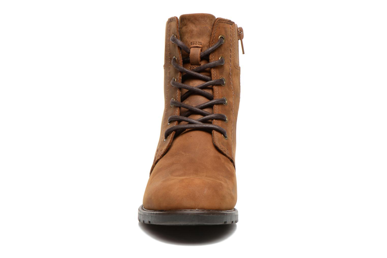 Bottines et boots Clarks Orinoco Spice Marron vue portées chaussures