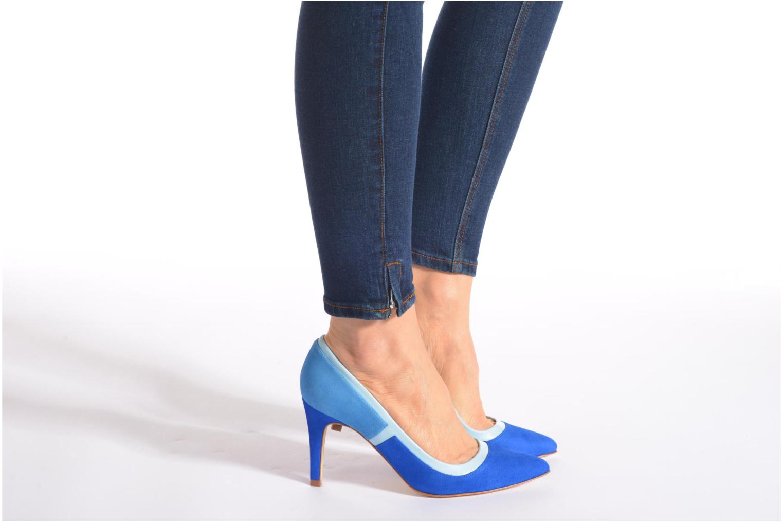 Escarpins Made by SARENZA Notting Heels #1 Bleu vue bas / vue portée sac