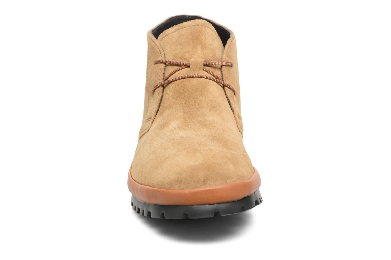 Chaussures à lacets Camper Pegaso 36772 Beige vue portées chaussures