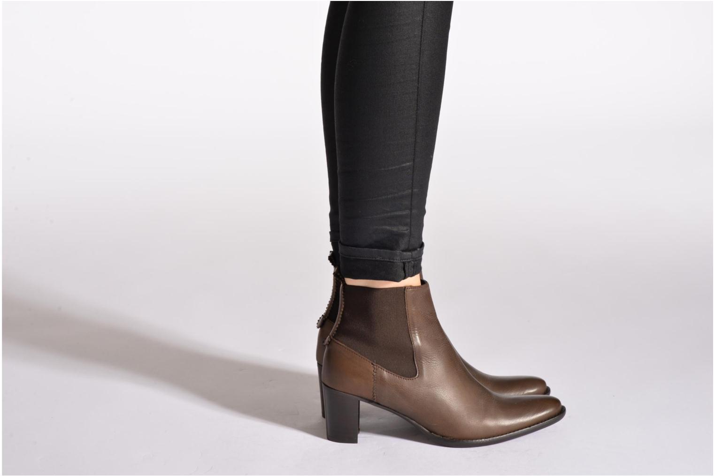 Bottines et boots Georgia Rose Semindiana Marron vue bas / vue portée sac