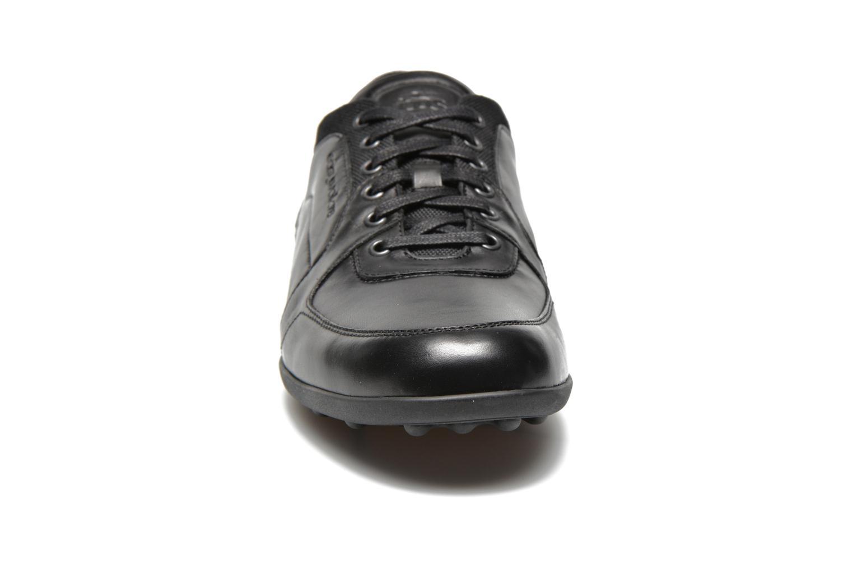 Baskets TBS Piazza Noir vue portées chaussures