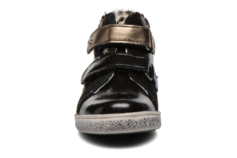 Bottines et boots Babybotte Amily Noir vue portées chaussures