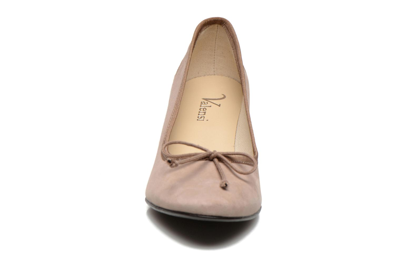 Escarpins Valensi Vekitu Beige vue portées chaussures