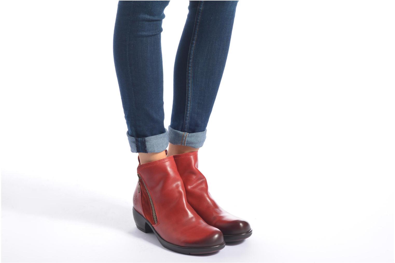 Bottines et boots Fly London Meli Rouge vue bas / vue portée sac