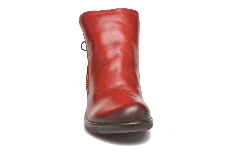 Bottines et boots Fly London Meli Rouge vue portées chaussures