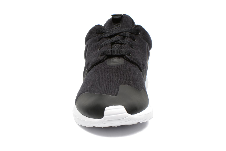 Baskets Nike Nike Roshe Nm Tp Noir vue portées chaussures