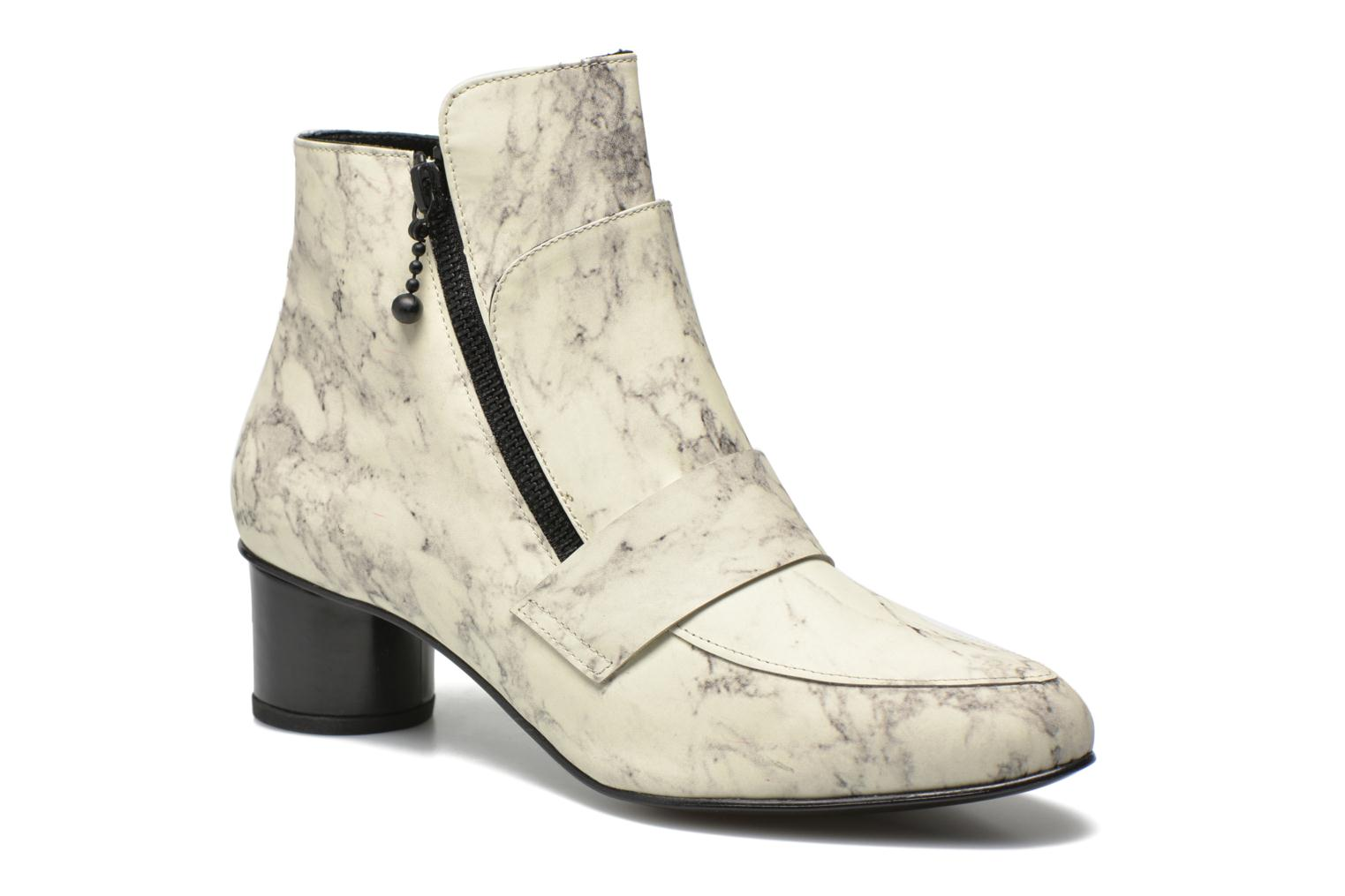 Bottines et boots Opening Ceremony Marble Leather Zan Loafer Bootie Blanc vue détail/paire