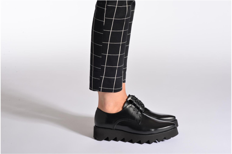 Chaussures à lacets Swear Nina 3 Blanc vue bas / vue portée sac
