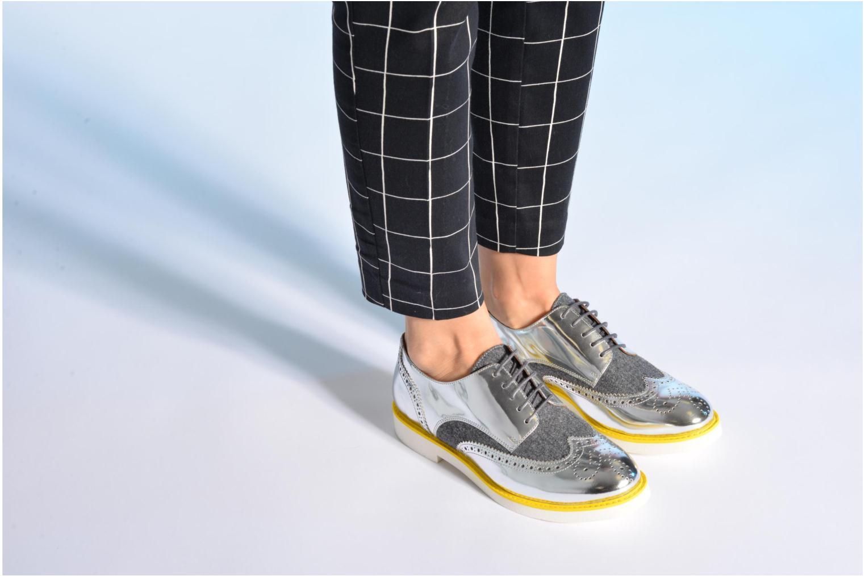 Schnürschuhe Made by SARENZA Busy Girl Chaussures à Lacets #3 silber ansicht von unten / tasche getragen