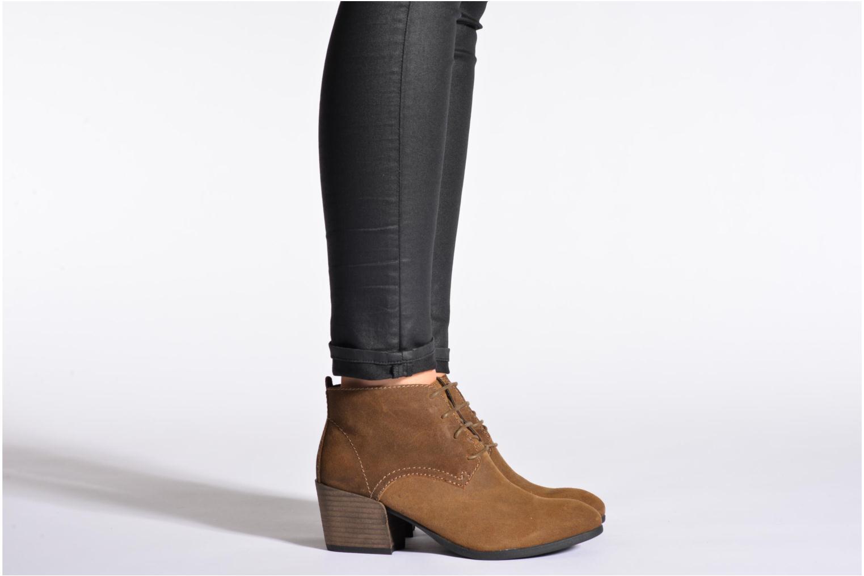 Stiefeletten & Boots Madison Vechou schwarz ansicht von unten / tasche getragen