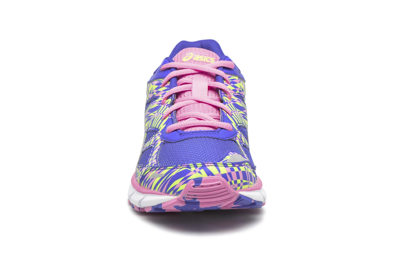Chaussures de sport Asics GEL-LIGHTPLAY 2 GS Violet vue portées chaussures