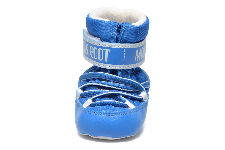 Botas Moon Boot Moon Boot Crib Azul vista del modelo