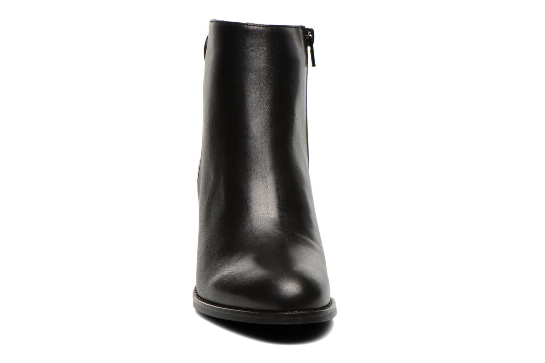 Bottines et boots Georgia Rose Tirrany Noir vue portées chaussures