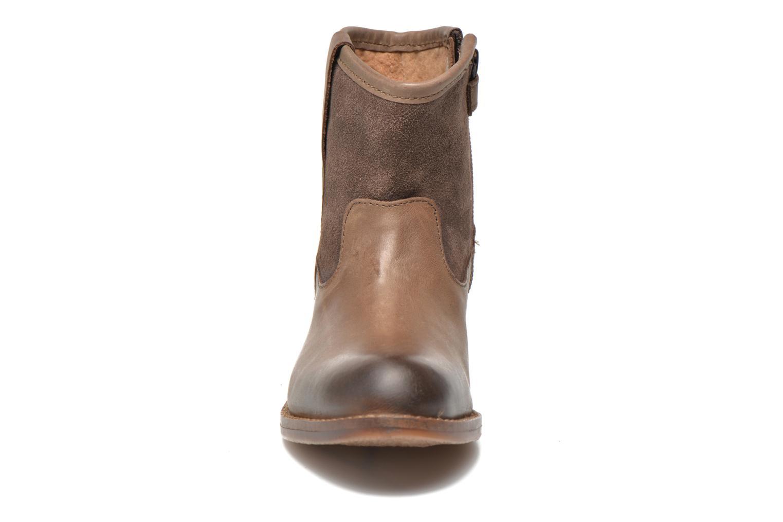 Bottines et boots Kickers Valka Marron vue portées chaussures