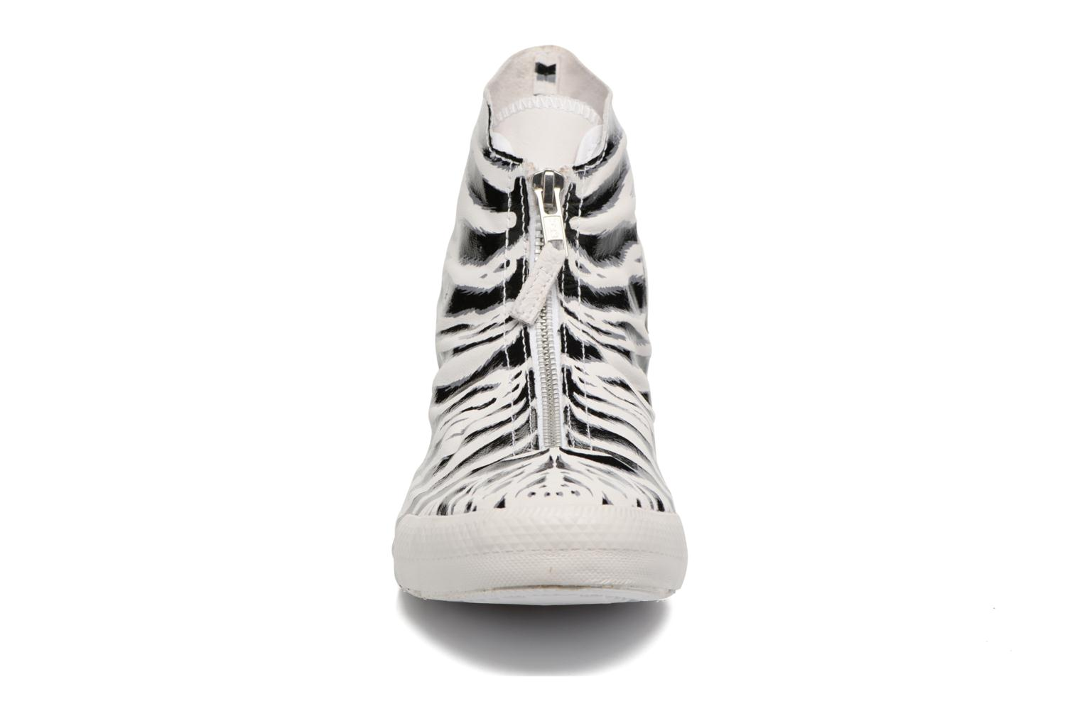 Chuck Taylor All Star Shroud Hi W White/Black/Dolphin