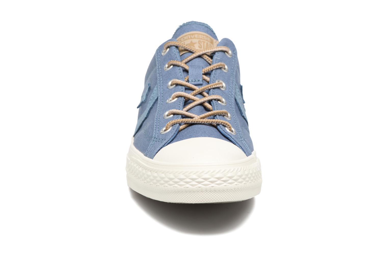 Sneaker Converse Star Player Workwear Ox M blau schuhe getragen